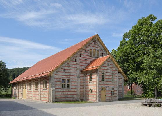 Historische Reithalle Marbach von Norden