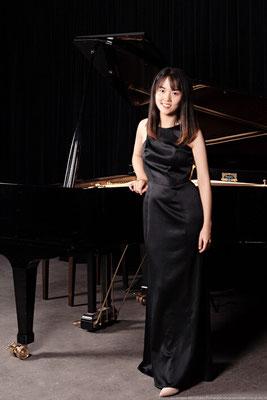 Yili Niu, Klavierlehrerin in Köln-Neustadt-Süd