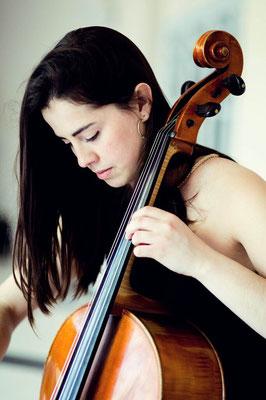 Ester Puig Costa, Cellolehrerin in Hamburg-Rotherbaum, Eimsbüttel, Sternschanze, St. Pauli, Harvestehude