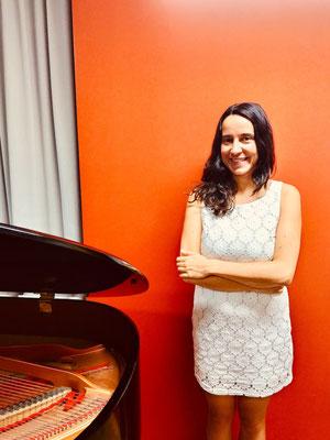 Rosa Gomez, Klavierlehrerin in Mainz