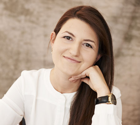 Kledia Stefani, Klavierlehrerin in Essen Rüttenscheid, Süd, Bredeney, Werden