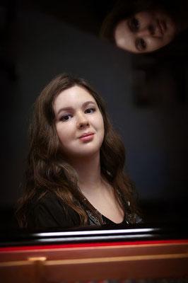 Maria Narodytska, Klavierlehrerin in Hamburg-Billstedt, Hamm, Wandsbek, Tondorf