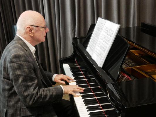Klavierunterricht für Erwachsene und Senioren in Berlin-Charlottenburg bei Andreas WIlhelm
