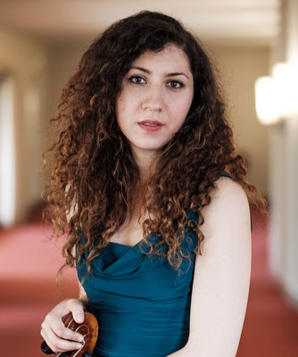Elif Dimli, Klavier- und Cellolehrerin in Moabit, Berlin-Mitte, Wedding und Charlottenburg