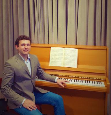 Klavierunterricht bei Taras Makhno in Essen-Bredeney, Südviertel, Ostviertel, Westviertel, Rüttenscheid, Hösel, Ratingen