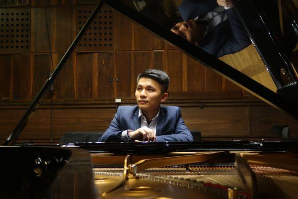 Che-Wei Kuo, Klavierlehrer und Cellolehrer in Frankfurt-Berkersheim, Galluswarte, Dornbusch