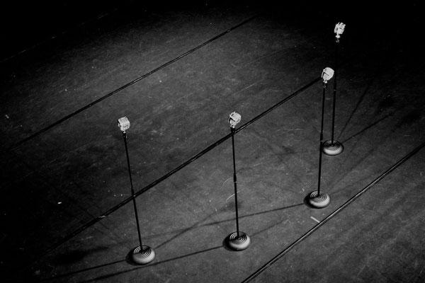 Mikrofone, wie sie sein sollten Photo by Constantin Chepa