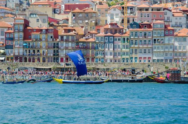 Ribeira and the Douro from Gaia ©Porto Moments