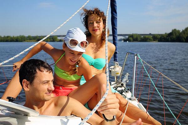 Coves del Drach Familienausflug mit der Segelyacht