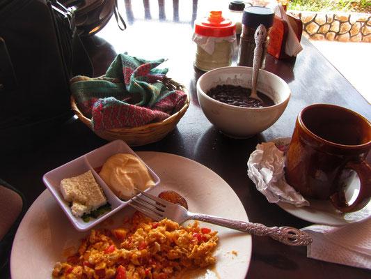 Frühstück entlang der Straße