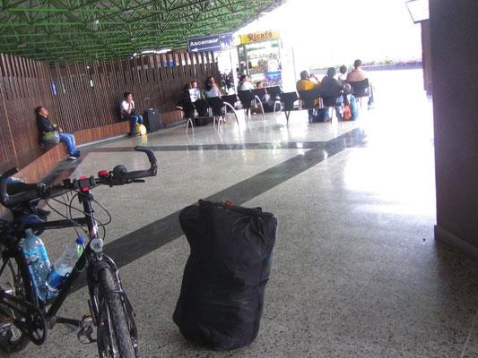 Ankunft am Busbahnhof