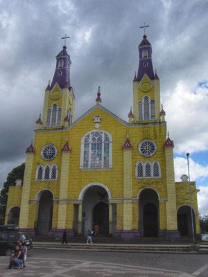 Castro und seine berühmte Holzkirche