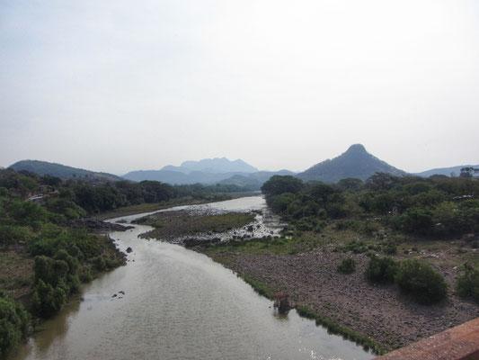 Grenzfluss zu Honduras