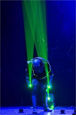 X Laser 01