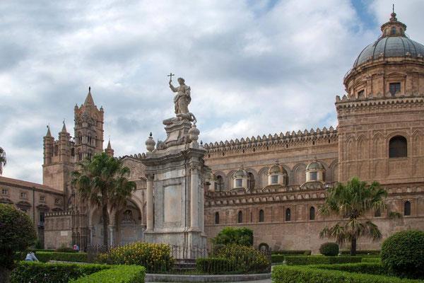 Palerme 19 - Piazza Sett'Angeli - Cathédrale