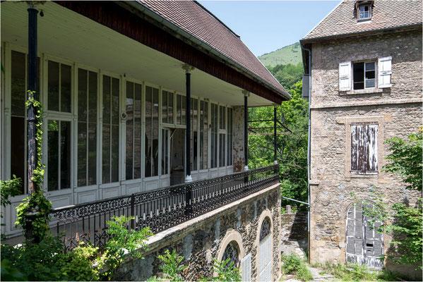 Château Hélix - Extérieurs 02