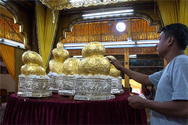 Lac Inlé - Pagode Phaung Daw Oo 04