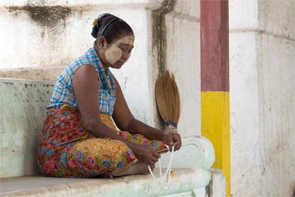 Sagaing - Pagode Shwe Kyet Kya 03