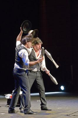 MusicHall'ino 2012 - 20 - Philip's jongleurs