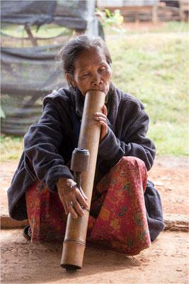 Portraits Là-bas 125 - Laos
