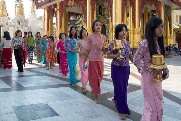 Noviciat 15 - Yangon - Pagode Shwedagon