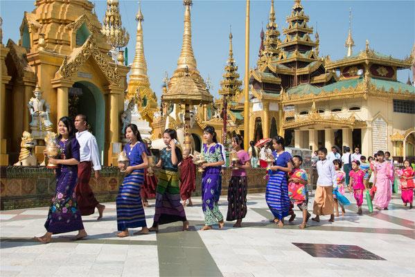 Noviciat 01 - Yangon - Pagode Shwedagon