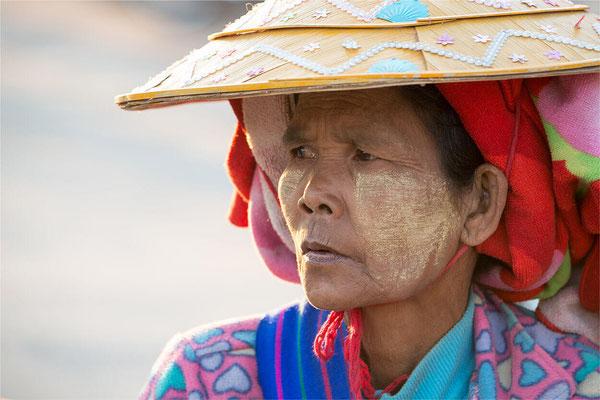 Portraits Là-bas 70 - Birmanie