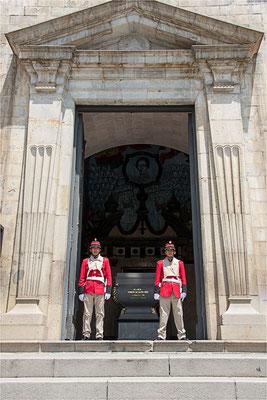 La Paz 28 - Tombeau du Maréchal Andres de Santa Cruz