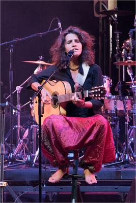 Mariane Aya Omac 01