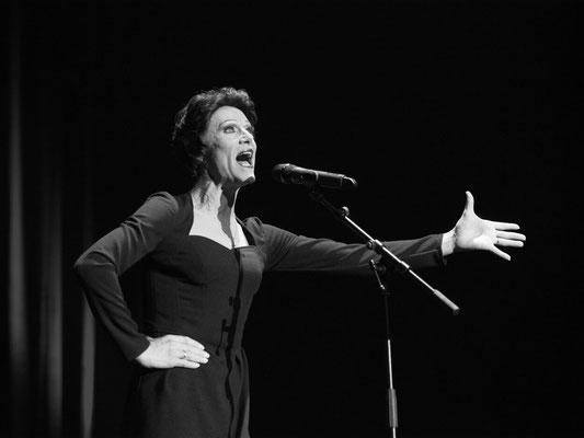 MusicHall'ino 2015 - 19 - Costic - Edith Piaf