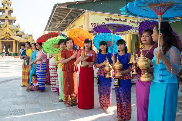 Noviciat 13 - Yangon - Pagode Shwedagon