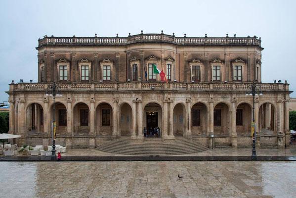 Noto 03 - Palais Ducezio