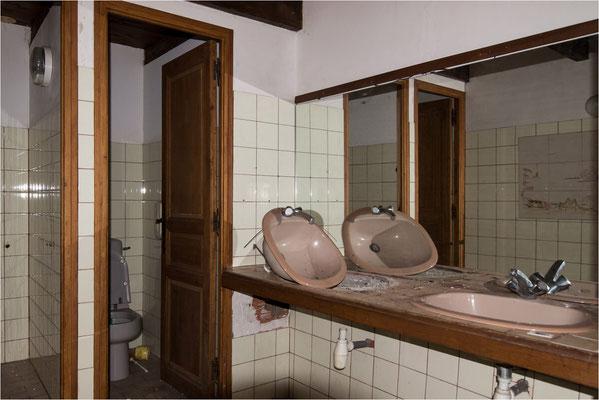 Auberge cévenole 15 - Toilettes du restaurant
