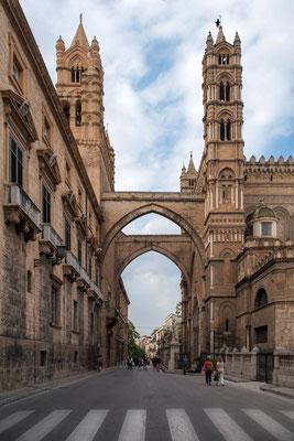 Palerme 24 - Arcades reliant la cathédrale au palais archiépiscopal