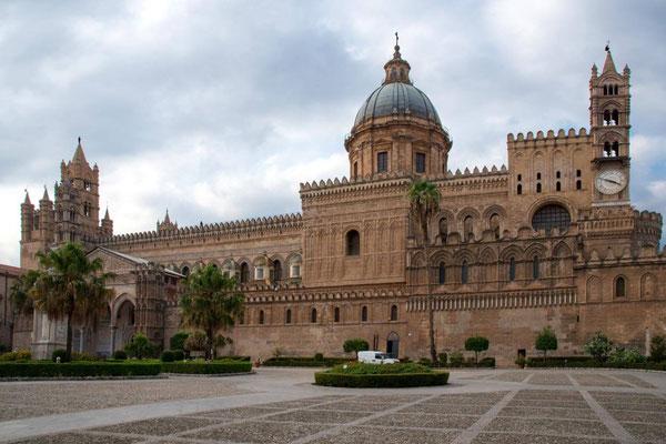 Palerme 18 - Piazza Sett'Angeli - Cathédrale