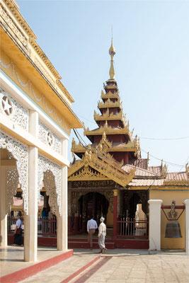 Bagan - Pagode Shwe Zi Gone 02