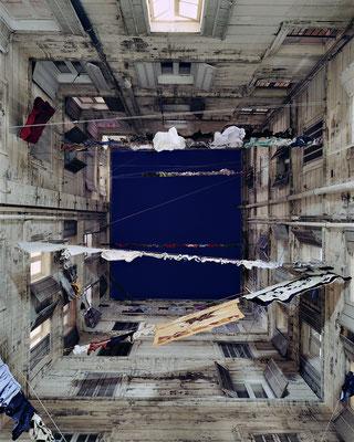 Cours intérieures, 17 février 2009 © Marie Bovo, Courtesy the artist and kamel mennour, Paris/London
