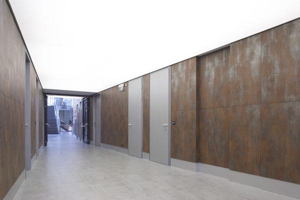AUSTRIA POWER GRID | WIEN 10 | PODIVIN & MARGINTER ARCHITEKTEN | APAVISA METAL + BETON | www.apm.co.at | #apavisa #dahofawoas #fliesen