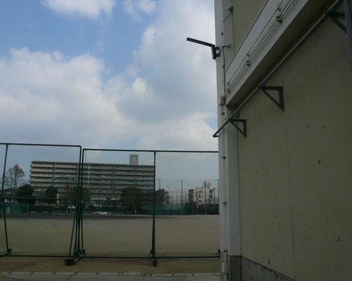 学校内LED防犯灯(昼)