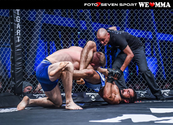 Mert Oezyildirim (Planet Eater Balingen) vs Philemon Schibli (Combat Club Cologne)