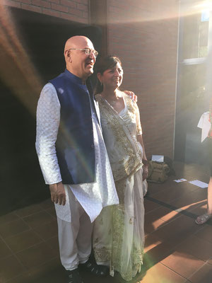 Dr. Madan Kataria und seine Frau