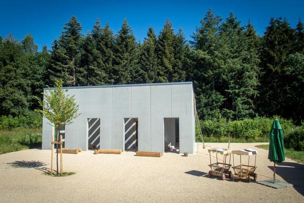Recyling par exellence: Der Betonpavillon sieht aus wie neu. Foto: Campus Galli