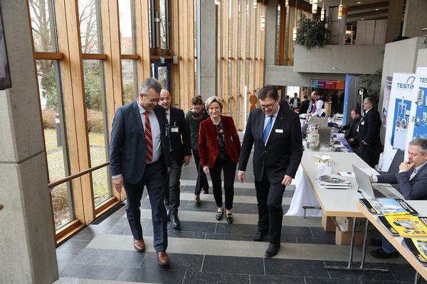 Die Wirtschaftsministerin war zum ersten Mal zu Gast auf den BetonTagen.