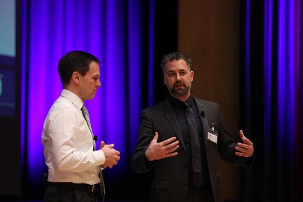 Dr. Dominik von Achten und Prof. Anders Levermann vertraten ihre Positionen zum Klimawandel in Plenum.
