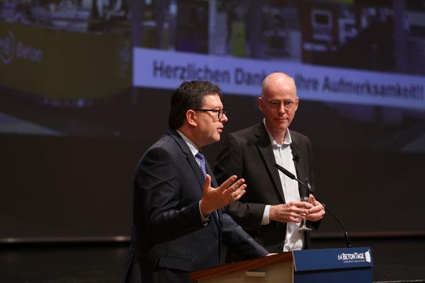 Dr. Ulrich Lotz und Dr. Martin Schneider vom VDZ am Eröffnungstag.