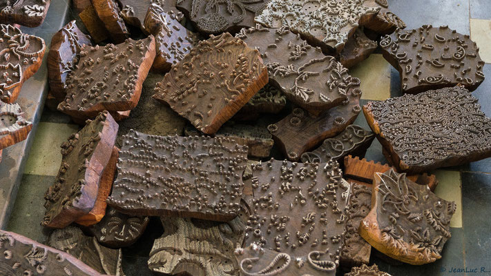 Tampons de bois récemment utilisés
