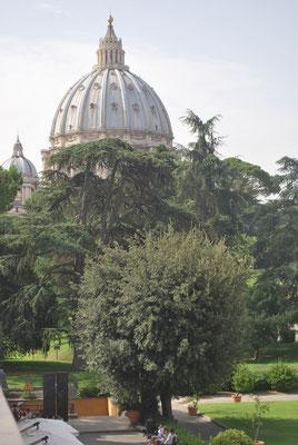 Le döme de St Pierre de Rome
