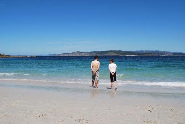 Sur la plage des îles Cies
