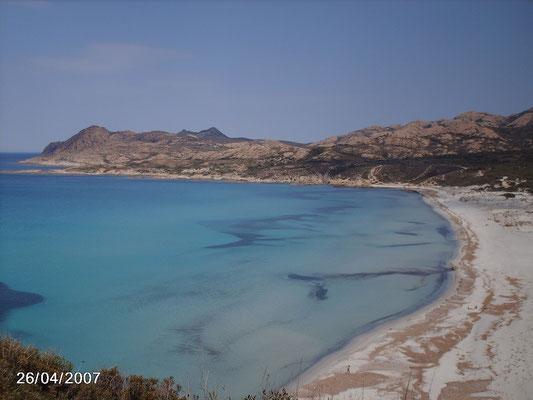 la plage près de Calvi