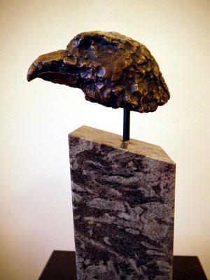 Adlerkopf II (2017), Bronze gegossen, 22cm x 11 cm